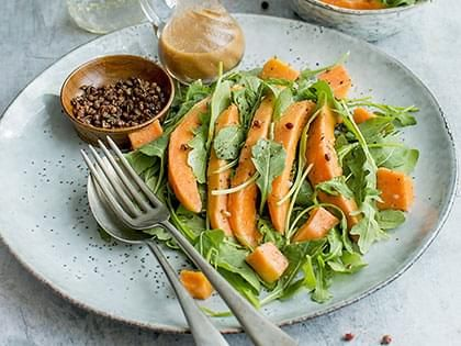 Papaya and Mixed Greens Salad