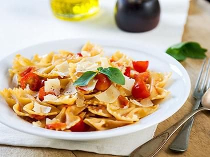 Farfalle (Bow Ties) with Tomatoes and Brie