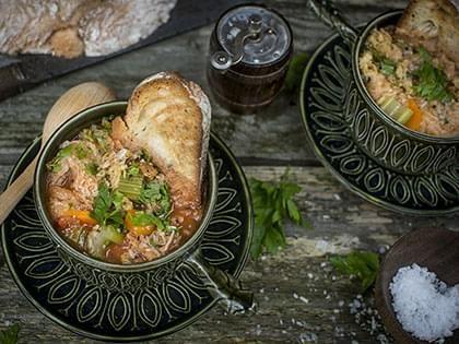 Zuppa toscana con pane e cavolo