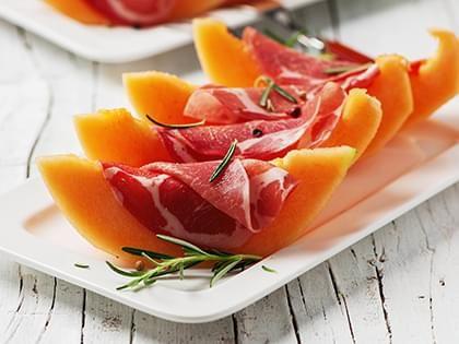 Presentazione Piatto Prosciutto E Melone.Prosciutto E Melone Piccola Quantita Una Ricetta Soscuisine