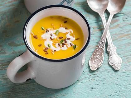 Zuppa di zucca, ceci e zucchine