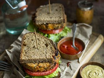 Vegan Patty Sandwich with Potatoes