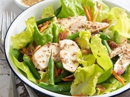 Salade de poulet à la coriandre