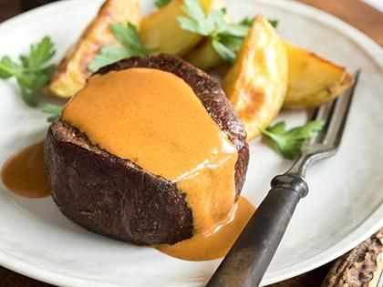 Filet Mignon with a Creamy Paprika Sauce