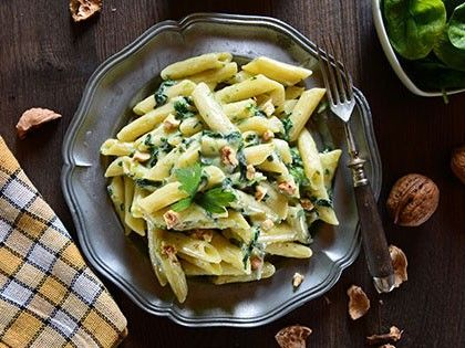 Bow Tie Pasta with Brie Cheese and Spinach