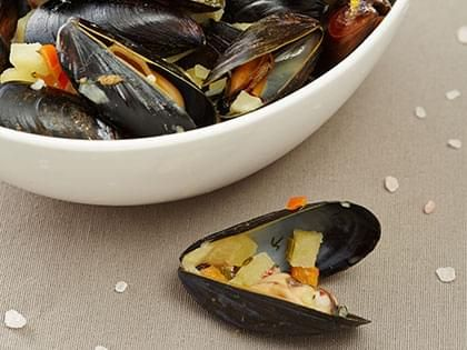 Steamed Mussels in a Thai Sauce