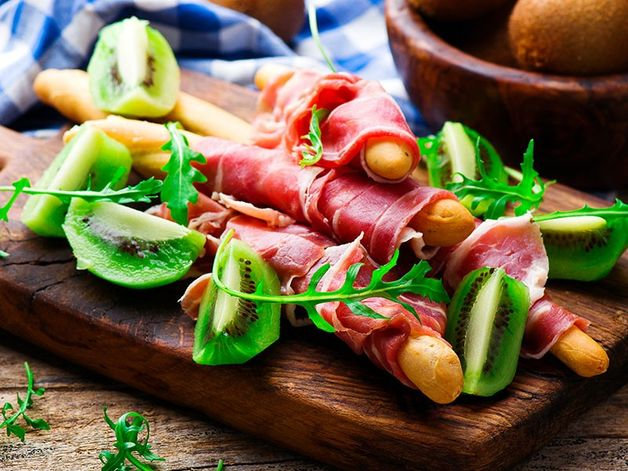 Prosciutto and Kiwi