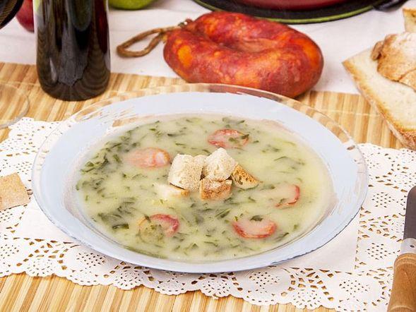 Portuguese Kale Soup 'Caldo Verde'