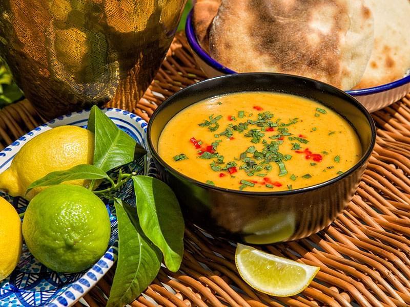Zuppa di lenticchie rosse marocchina