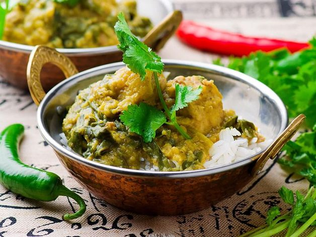 Slow Cooker Chicken and Spinach Curry