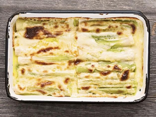 Cheese-Topped Leeks
