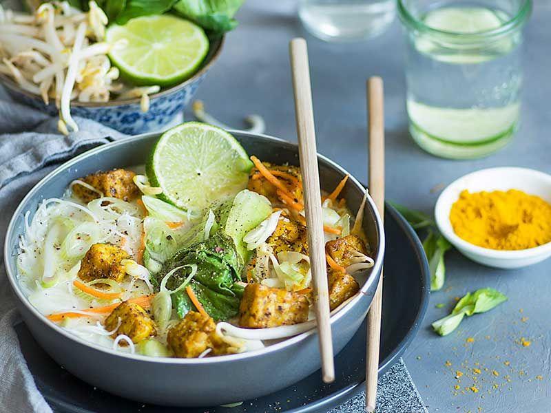 Soupe asiatique légumes et tempeh
