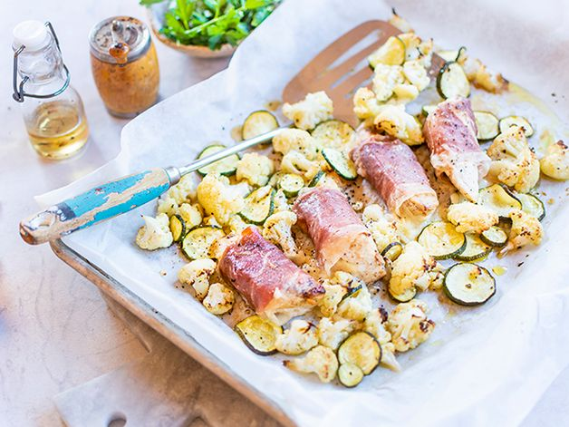 Poitrine de poulet farcie avec légumes au four
