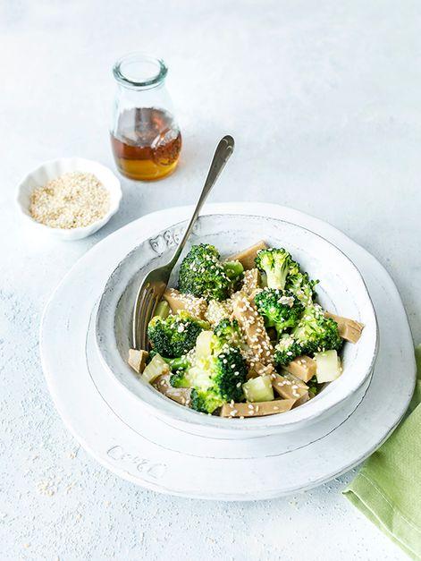 Seitan and Broccoli Stir-Fry