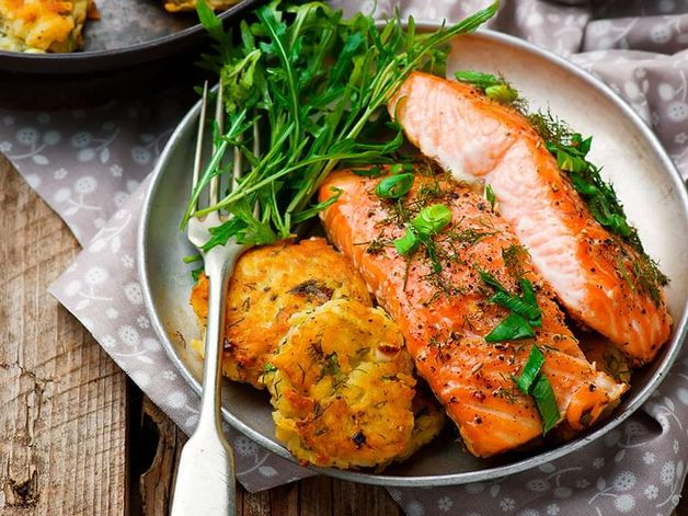 Dill Salmon with Potato Patties