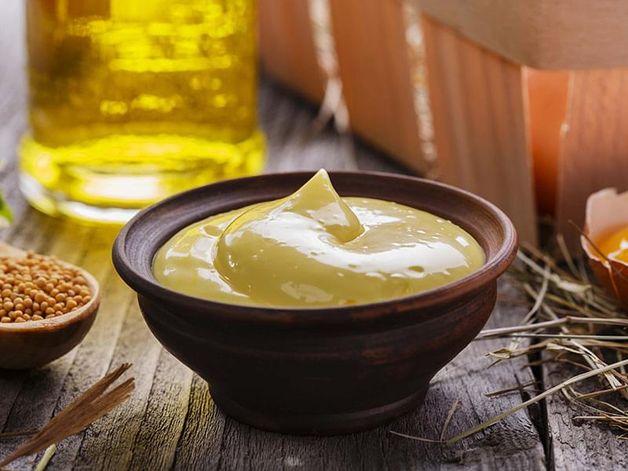 Mayonnaise à la moutarde et à l'ail