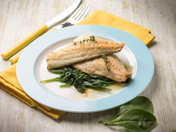 Grilled Fish Fillet with Spinach in a Thai Sauce