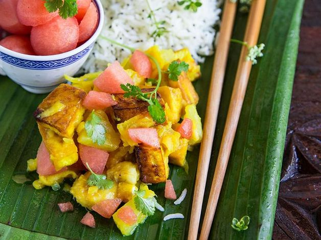 Tofu Curry with Fruit