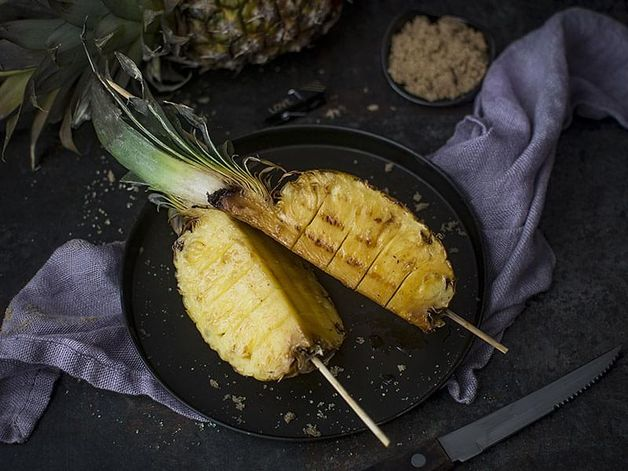 Grilled Pineapple with a Rum Glaze