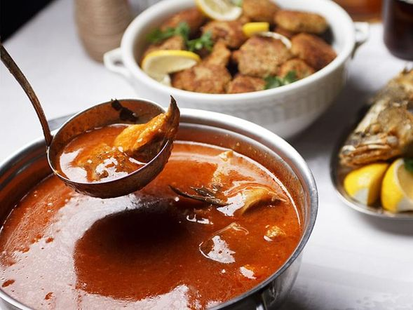 Orange-flavoured Clam and Fish Soup